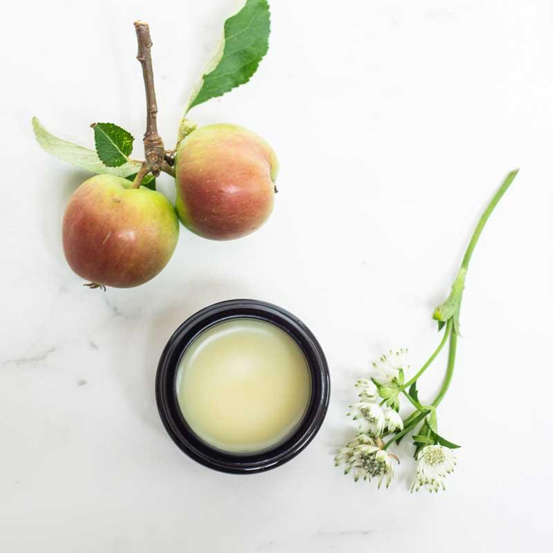 Amly Deep Reveal nourishing cream settingk
